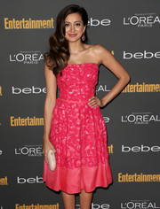 Noureen DeWulf was an absolute charmer in a sparkly pink strapless dress at the Entertainment Weekly pre-Emmy party.