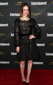 Sarah Paulson went for a dainty, ladylike feel in a long-sleeve lace LBD during the Entertainment Weekly pre-Emmy party.