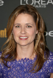 Jenna Fischer styled her hair with gentle waves for the Entertainment Weekly pre-Emmy party.