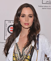 Eliza Dushku attended the Equality Now 20th anniversary fundraiser wearing her hair in long soft waves.