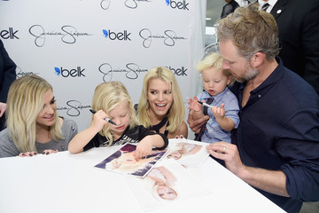 Eric Johnson Jessica Simpson Jessica Simpson And Ashlee Simpson Ross Come Home For The Holidays In Support Of The Jessica Simpson Collection And The Launch Of Jessica Simpson Home At Belk Galleria Dallas