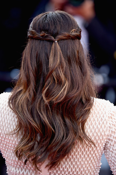 Eva Longoria Half Up Half Down [hair,hairstyle,long hair,brown hair,beauty,fashion,hair coloring,chin,eyewear,blond,eva longoria,hair detail,cannes,red carpet arrivals,cafe society,cafe society opening gala,cannes film festival,premiere,opening night gala,palais des festivals]