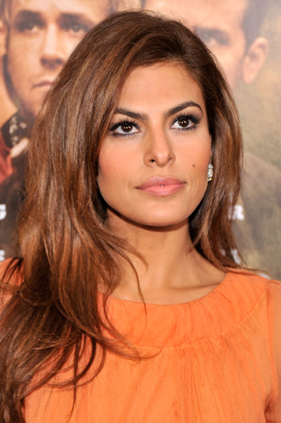 Eva Mendes False Eyelashes