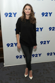 Keri Russell teamed her top with dark-wash skinny jeans.