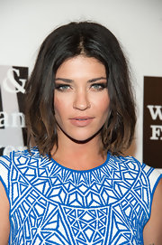 Jessica Szohr chose a muted nude lip for her sultry, au naturale look.