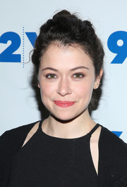 Tatiana Maslany pulled her tresses back into a messy updo for the 'Orphan Black' party.