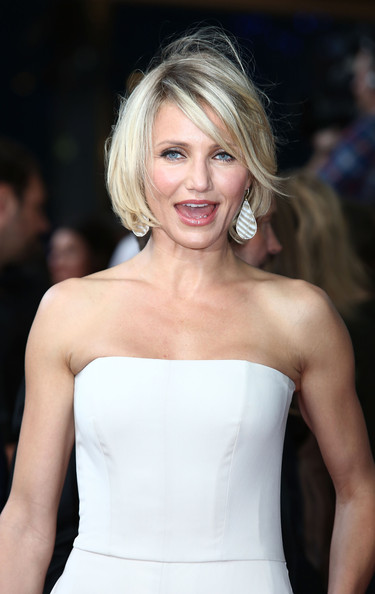 More Pics Of Cameron Diaz Bob 9 16 Short Hairstyles Lookbook Stylebistro