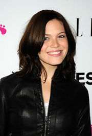 Mandy Moore keeps it sweet with rich brown locks.