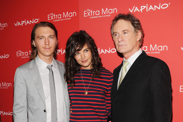 "Katie Holmes Paul Dano ""The Extra Man"" New York Premiere - Inside Arrivals"