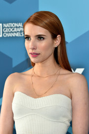 Emma Roberts sported a neat straight cut at the Fox 2016 Upfront.