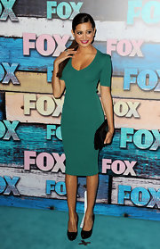 Noureen DeWulf showed off her curves in a green bandage dress at the FOX All-Star Party.