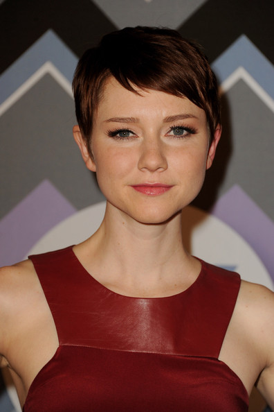 More Pics of Valorie Curry Pixie (1 of 2) - Short Hairstyles Lookbook - StyleBistro [valorie curry,fox all-star party - arrivals,hair,face,hairstyle,eyebrow,chin,beauty,cheek,forehead,brown hair,lip,fox all-star party,pasadena,california,langham huntington hotel]