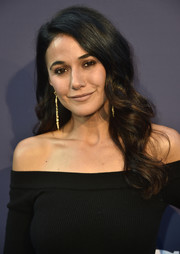 Emmanuelle Chriqui framed her face with an elegant wavy 'do for the Fox Summer TCA 2018 All-Star Party.