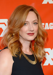 Judy Greer's thick gold necklace added a heavy dose of glamour to her look during the FXX Network launch.