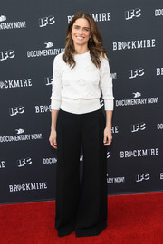 Amanda Peet went fall-chic in a floral-embossed sweater for the 'Brockmire' FYC event.
