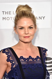 Jennifer Morrison was a classic beauty with her loose top bun at the Tribeca Film Fest premiere of 'The Family Fang.'