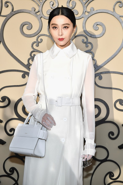 Fan Bingbing Leather Shoulder Bag [show,white,clothing,fashion,fashion model,trench coat,coat,overcoat,formal wear,outerwear,haute couture,fan bingbing,front row,part,paris,france,givenchy,paris fashion week womenswear spring]