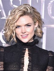 Erin Richards looked totally cute wearing this curled-out bob at the world premiere of 'Fantastic Beasts and Where to Find Them.'