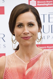 Minnie Driver chose a darker, flesh-toned pink lipstick to bring out the pink tones in her maxi dress.