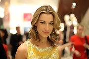 Lauren Remington Platt wore her hair in soft effortless-looking curls at the Ferragamo flagship store re-opening in NYC.