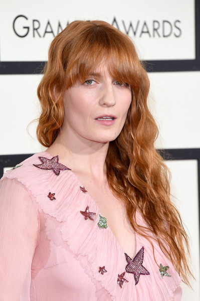 Florence Welch Long Wavy Cut with Bangs [hair,hairstyle,brown hair,bangs,beauty,hair coloring,lip,blond,long hair,shoulder,arrivals,florence welch,grammy awards,staples center,los angeles,california]