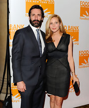 Jennifer Westfeldt complemented her LBD with a classic black frame clutch when she attended the 2012 Can-Do Awards.