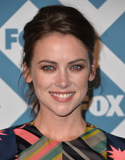 Jessica Stroup sported a casual yet sexy loose ponytail at the Fox All-Star party.