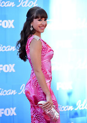 Diana DeGarmo arrived for the 2012 'American Idol' finale wearing her hair in long polished waves with heavy brow-length bangs.