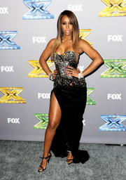 Kelly Rowland completed her sultry look with a pair of Anthony Vaccarello Abisko sandals.