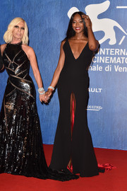 Naomi Campbell attended the Venice Film Fest premiere of 'Franca: Chaos and Creation' sporting a front slit that inched up dangerously close to a wardrobe malfunction!