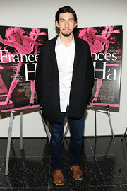 Adam Driver chose a classic black coat to pair with his white button down and blue jeans.