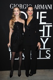 Beatrice Borromeo complemented her dress with a pair of black tights and pumps.
