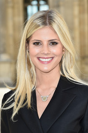 Lala Rudge accessorized with a lovely diamond pendant necklace.