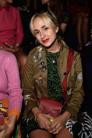 Elisabeth von Thurn und Taxis sported a cute red shoulder bag at the Valentino Spring 2015 show.