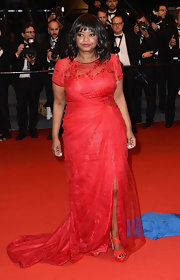 Octavia Spencer stuck to her favorite designer, Tadashi Soji, when she wore this red tulle-and-lace draped gown.