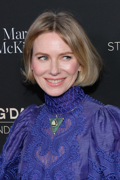 Naomi Watts finished off her look with a statement necklace by Hanut Singh.