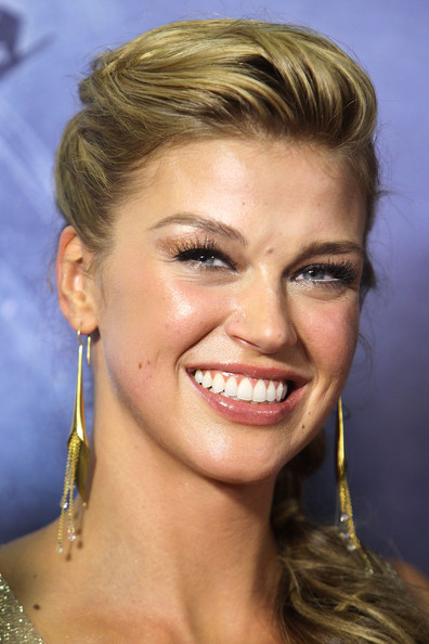 More Pics of Adrianne Palicki Evening Dress (1 of 20) - Evening Dress Lookbook - StyleBistro