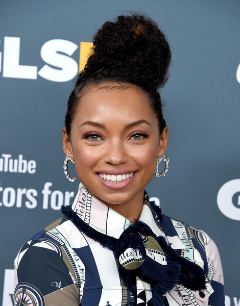 More Pics of Logan Browning Evening Pumps (1 of 4) - Logan Browning Lookbook - StyleBistro [hair,hairstyle,smile,black hair,fashion accessory,ear,performance,arrivals,logan browning,glsen respect awards,beverly wilshire four seasons hotel,beverly hills,california]