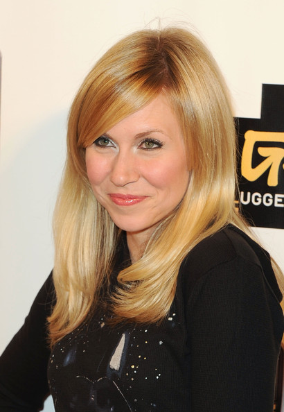 More Pics of Ashley Eckstein Medium Straight Cut with Bangs (1 of 3) - Ashley Eckstein Lookbook - StyleBistro