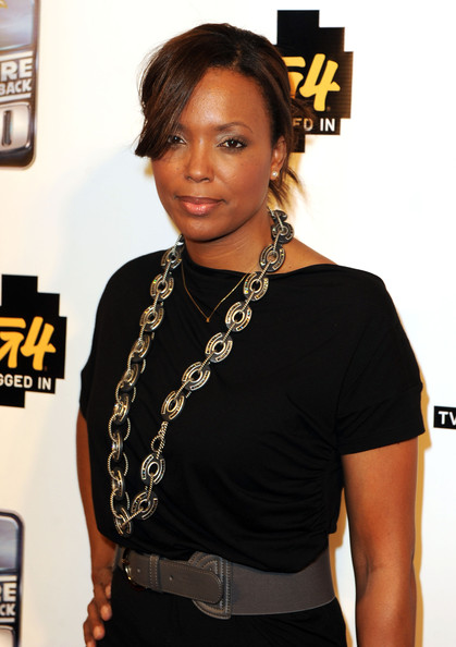 More Pics of Aisha Tyler Silver Link Necklace (1 of 7) - Silver Link Necklace Lookbook - StyleBistro