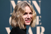 Naomi Watts attended the GQ Australia Men of the Year Awards wearing her hair in short center-parted waves.