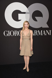 Sarah Gadon went for low-key elegance in a subtly sparkly nude cocktail dress during the GQ and Giorgio Armani Grammy after-party.