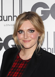 Sophie Dahl contrasted her dramatic eye makeup with a nude mouth at the GQ Men of the Year Award. To recreate her lip look, try a product with a  pearlescent finish like Laura Mercier Shimmer Lip Color in Passion Fruit.