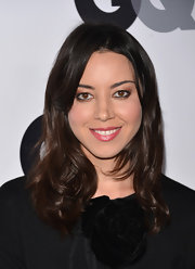 Aubrey Plaza achieved an ultra-feminine look with these soft waves at the GQ Men of the Year party.