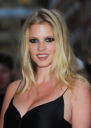 Lara Stone's kohl-rimmed eyes were simply captivating.