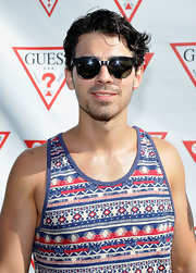Joe Jonas jumped on the round sunglasses bandwagon at Coachella.