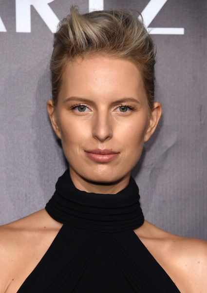 More Pics of Karolina Kurkova Velvet Bag (4 of 6) - Velvet Bag Lookbook - StyleBistro [gabrielle,karolina kurkova,hair,face,hairstyle,eyebrow,chin,lip,blond,beauty,cheek,forehead,new york city,cipriani wall street,arrivals,angel foundations angel ball 2017]