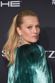 Toni Garrn pulled her hair back into an elegant ponytail for the Angel Ball 2016.