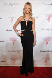 Karolina Kurkova looked sultry, as always, in a black Cushnie et Ochs cutout dress during the Angel Ball.