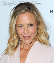 Maria Bello attended the gala honoring Avi Lerner wearing this messy-chic wavy 'do.
